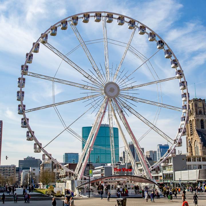 Giant Wheel / Ferris Wheel The View
